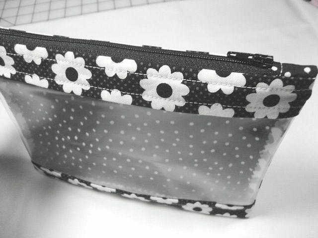 Travel Bag with Window. Tutorial