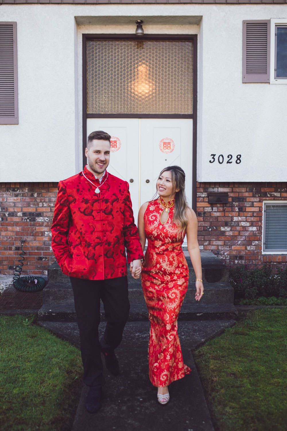Couple Wearing Traditional Chinese Wedding Suit And Dress Chinese Wedding Dress Traditional Chinese Wedding Dress Chinese Style Wedding Dress