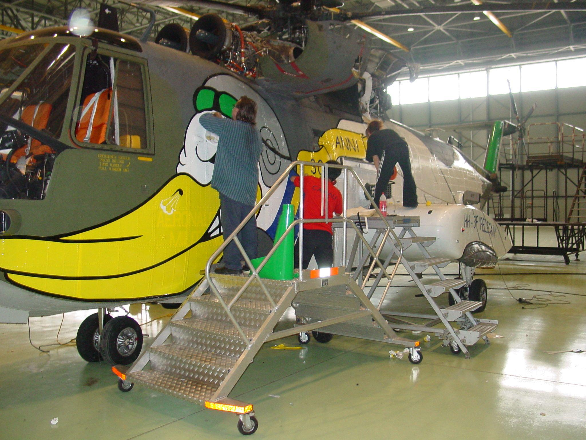 Un Elicottero : Decoriamo un elicottero hh f pelican wallstickers stickers e
