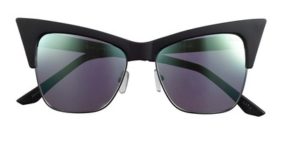3bed48cfe3368 These Celeb-Favorite Cat-Eyes Are About To Sell Out...Again ...