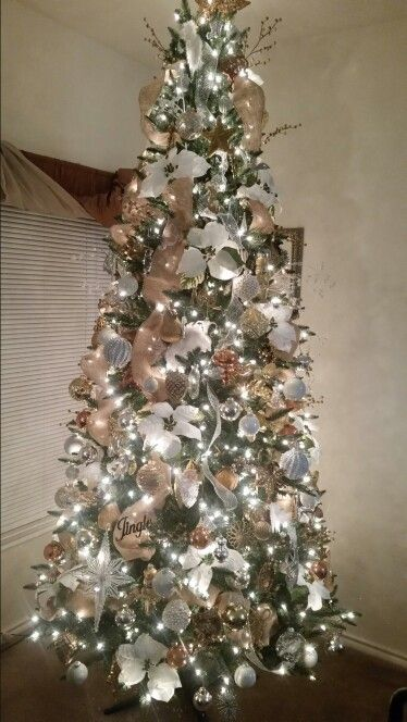 Jerrys 9ft Christmas Tree My Colors Are Silver Gold Cream White And Clear 9ft Christmas Tree Beautiful Christmas Trees Xmas Tree Decorations