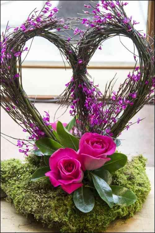 Composition Florale En Forme De Coeur