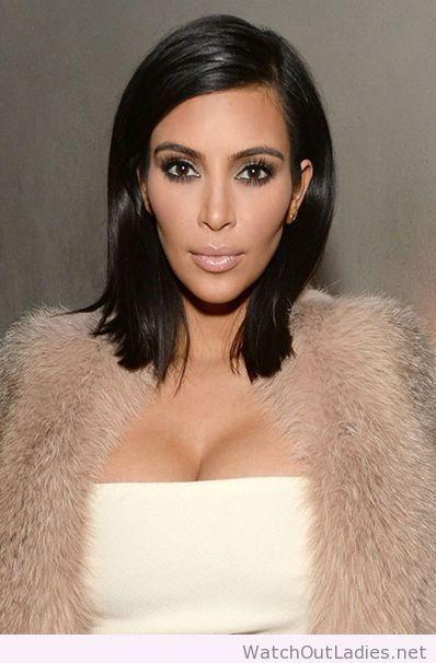 Kim Kardashian Bob Hairstyle Haarschnitt Bob Haar Styling Haarschnitt Ideen