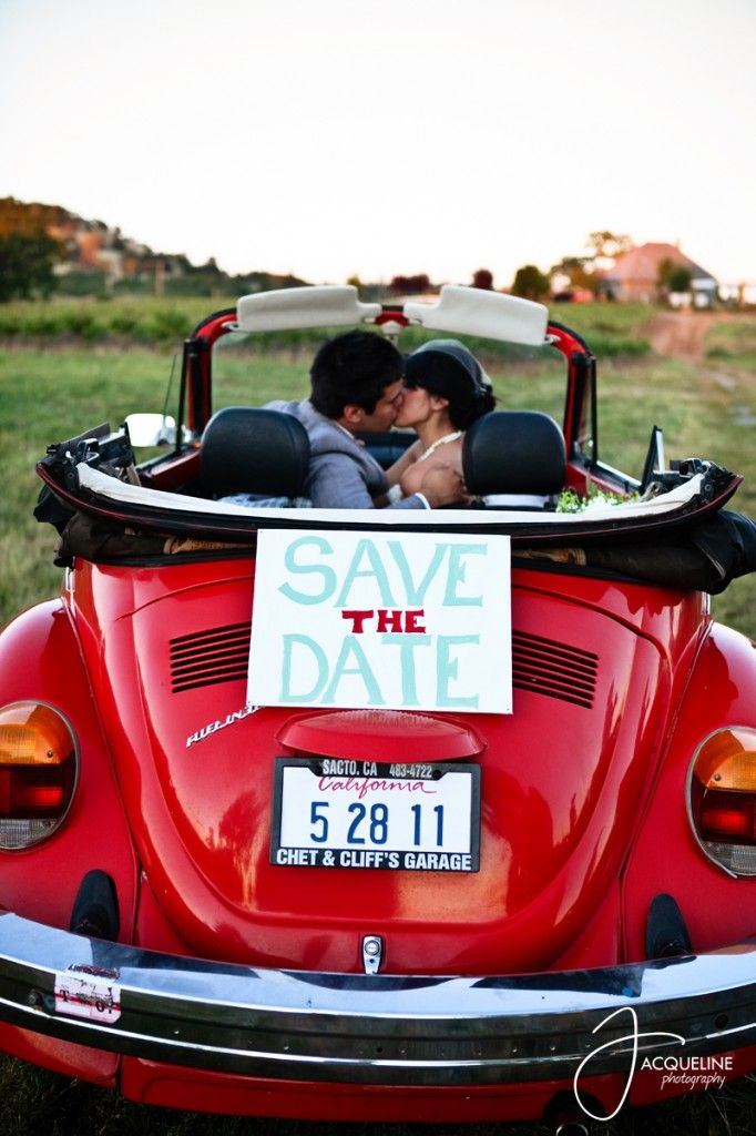 vintage convertible with sign and date on the license plate save – Wedding Chicks Save the Date
