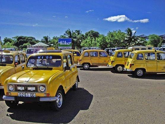 À Of SuarezMadagascarOne Kind Taxis A R4 Antsirananadiego xCBreWQdo