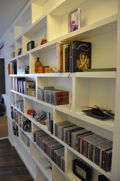 Bonito detalle de la zona de la librería, integrada en el comedor #arquitectura #interiorismo #vivienda #decoracion