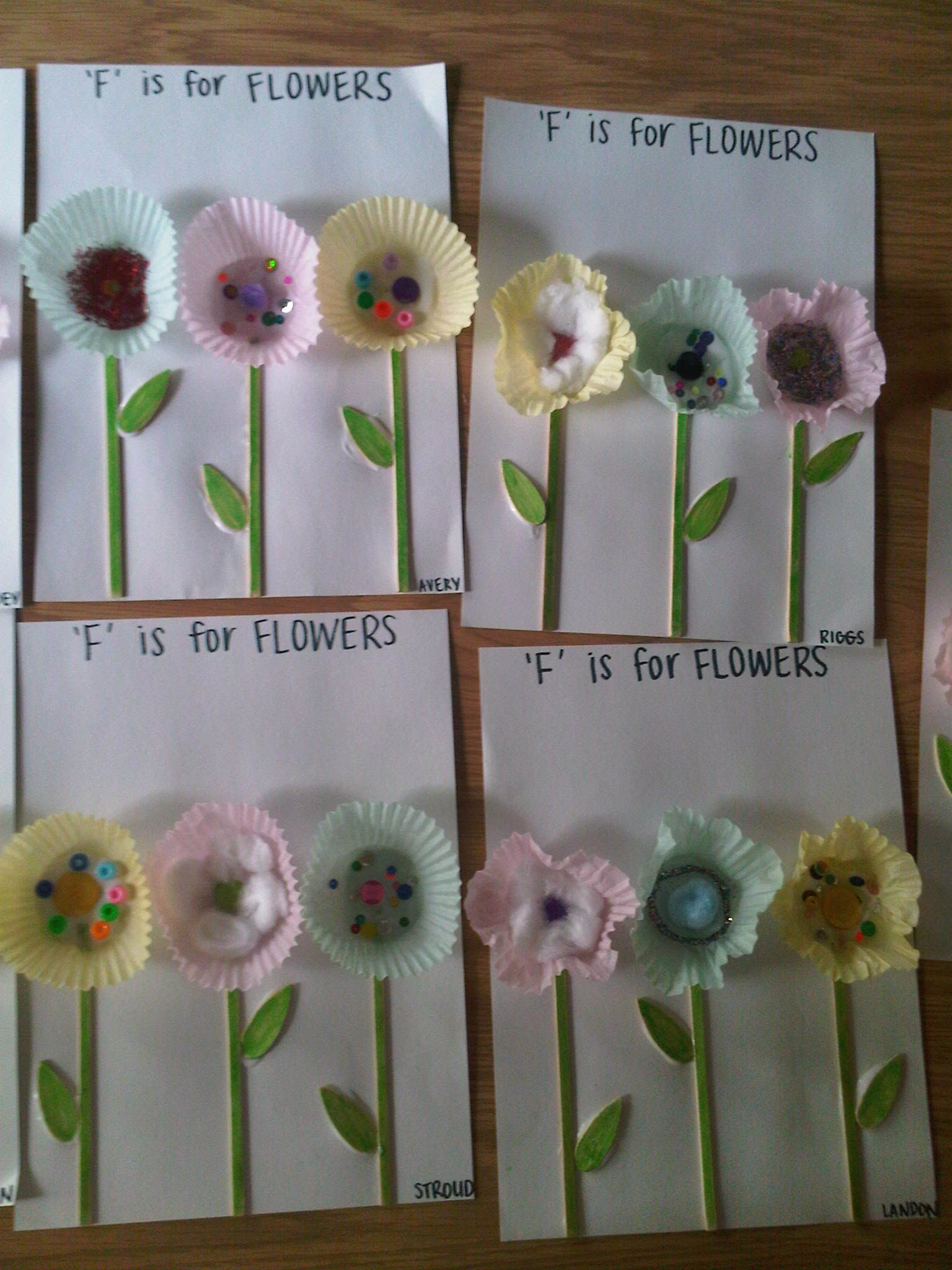 Baking Cup Flowers With Images Crafts Baking Cups Creative