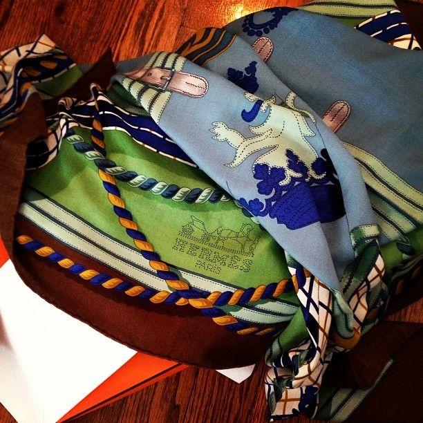 Hermès 'Grande Tenue' Shawl