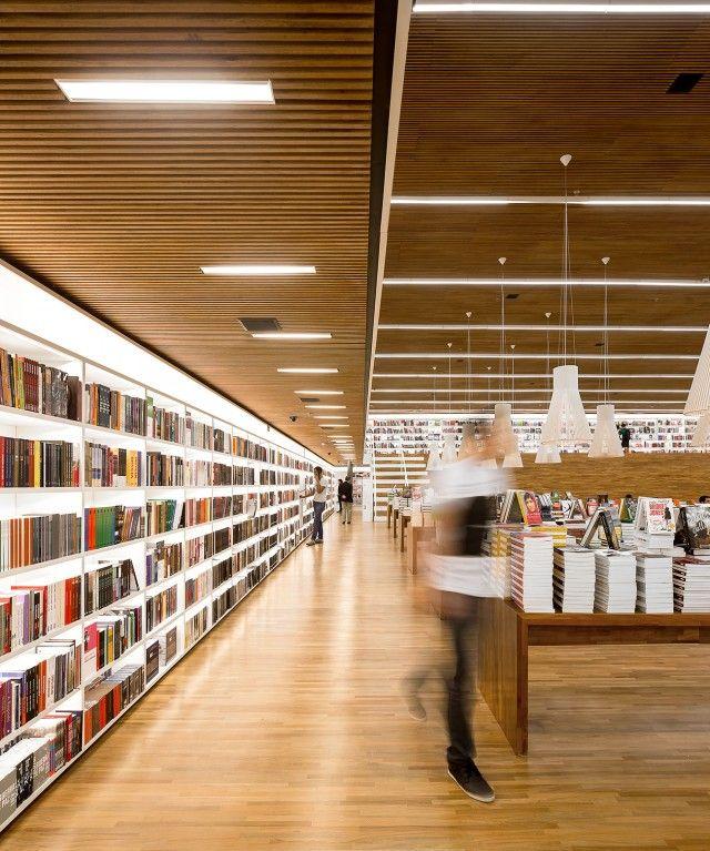 Livraria Cultura bookshop in São Paulo designed by Studio MK-27 - libreria diseo