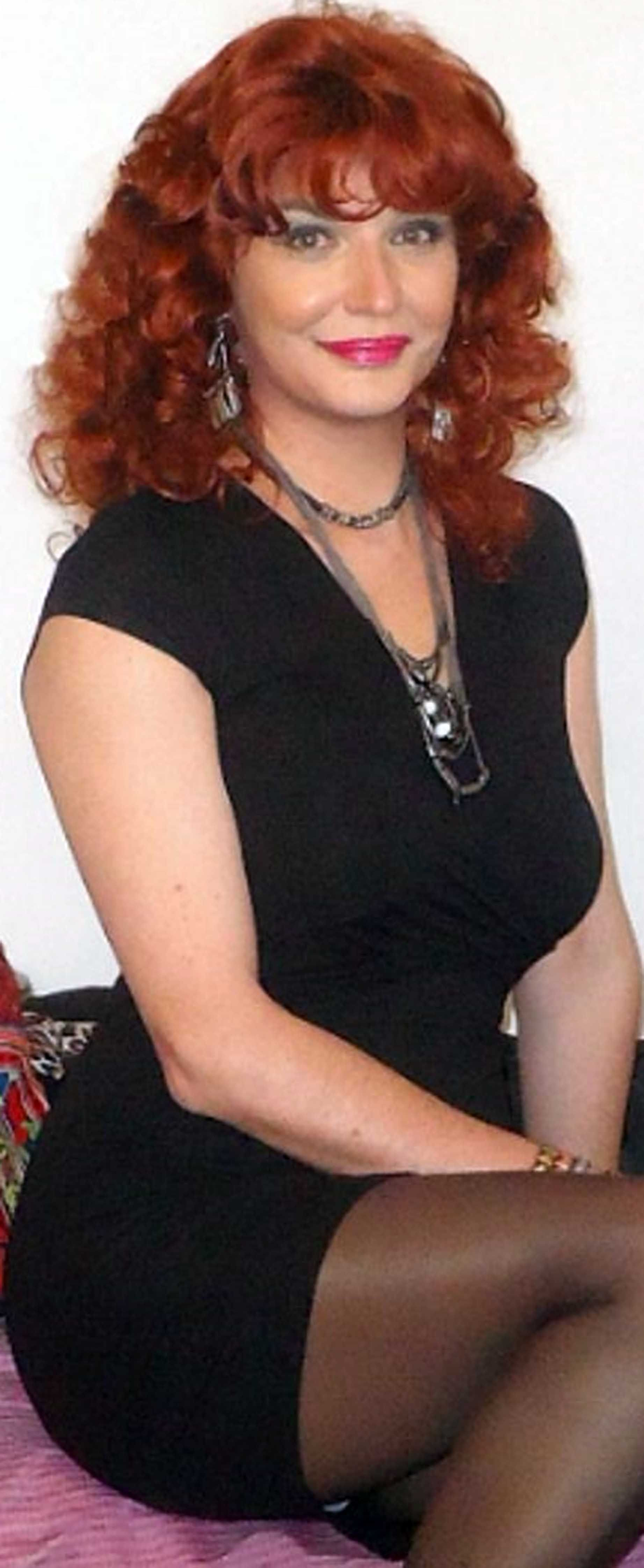 pindrew gaines on perfectly curvy redheads | pinterest