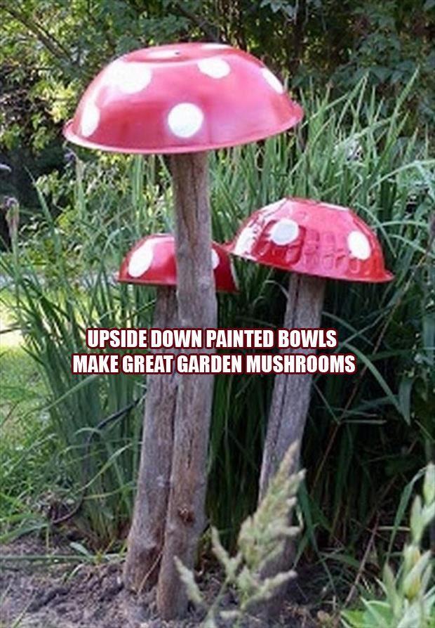 FUN --\u003e upside down bowls on logs to create whimsical garden