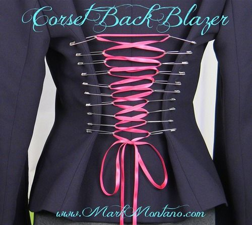 halloweencrafts:  DIY Cosplay Corset Back Video Tutorial from Mark Montano here. For more easy corsets go here: truebluemeandyou.tumblr.com/...