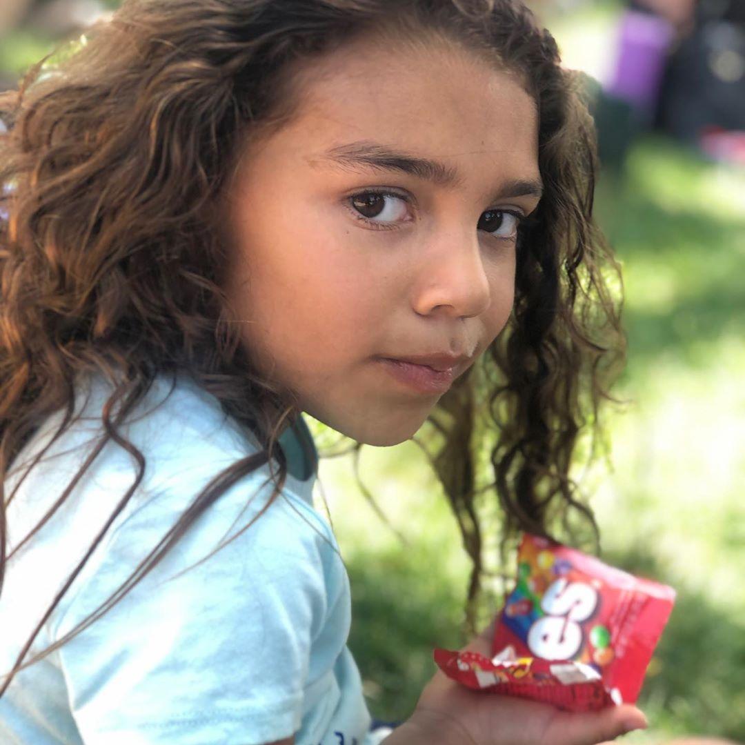 It's a @skittles and crazy curly hair kinda day!!! #cutekids #kidmodel #modellife #kidstuff #curlyhair #browneyedgirl #kidsblogger #ig_kidsphoto #model #lamodel #carters #skittles #tastetherainbow #dimples #mylife #mytime #younghollywood #kidstyle #princesssquad #brooklynveronica #cutekids,#kidmodel,#modellife,#kidstuff,#curlyhair,#browneyedgirl,#kidsblogger,#ig_kidsphoto,#model,#lamodel,#carters,#skittles,#tastetherainbow,#dimples,#mylife,#mytime,#younghollywood,#kidstyle,#princesssquad,#brookl