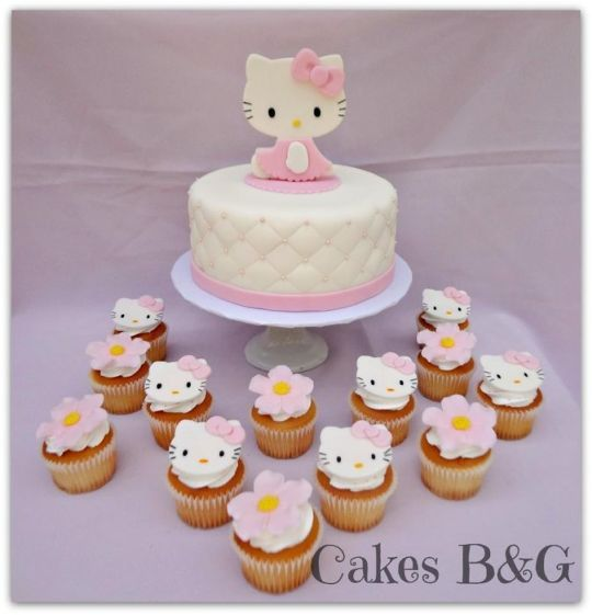 Hello Kitty cake and cupcakes Kid Stuff Pinterest Hello