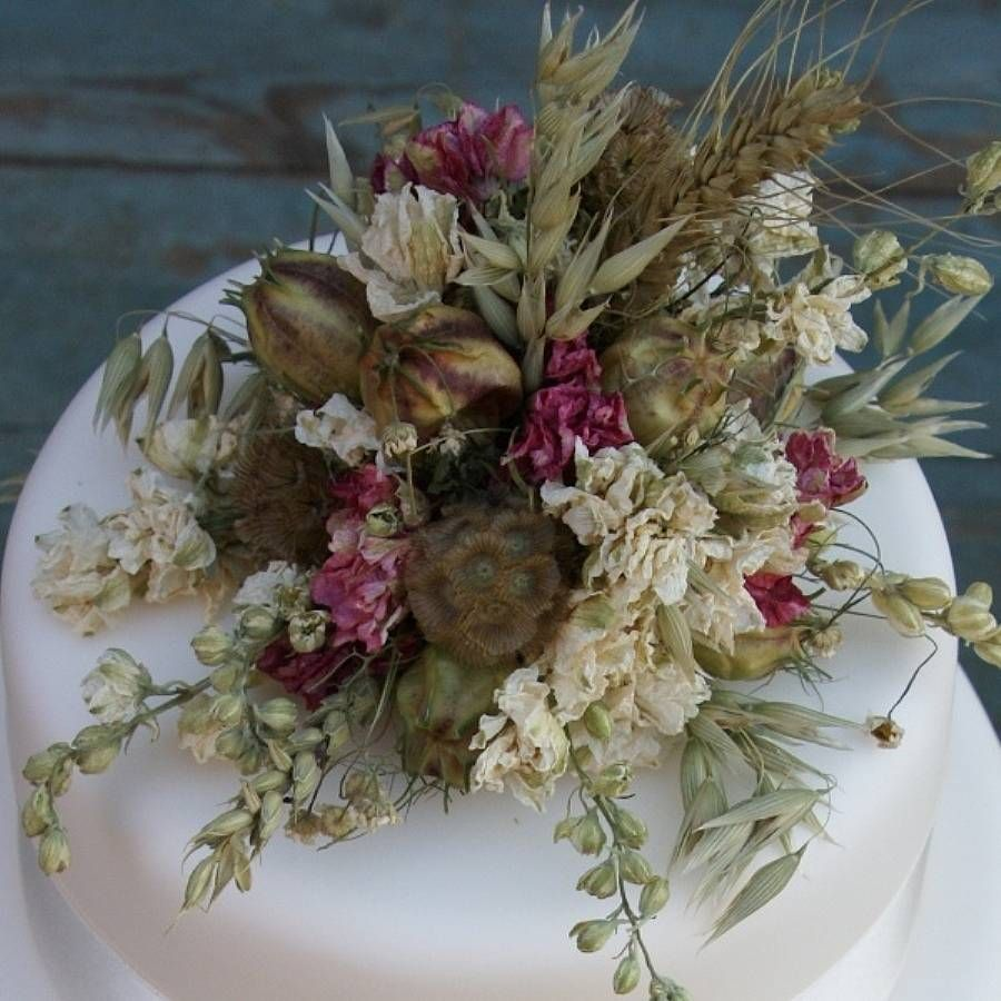 Wedding Flower Decoration Photos: Rustic Dried Flower Wedding Cake Decoration