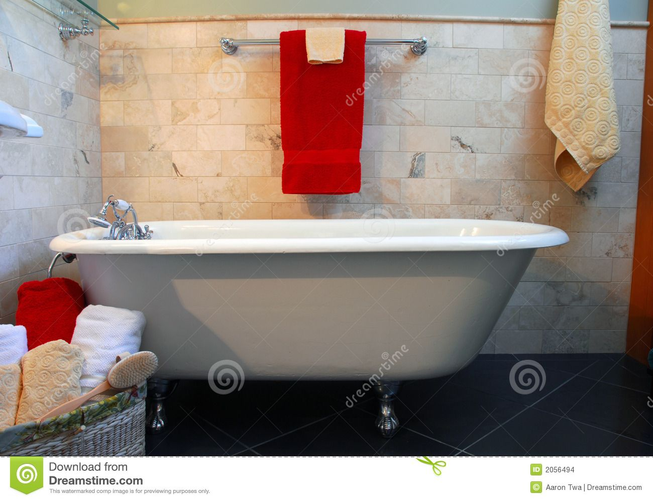 images of spa tubs in bathrooms | Download Wallpaper Clawfoot tub ...
