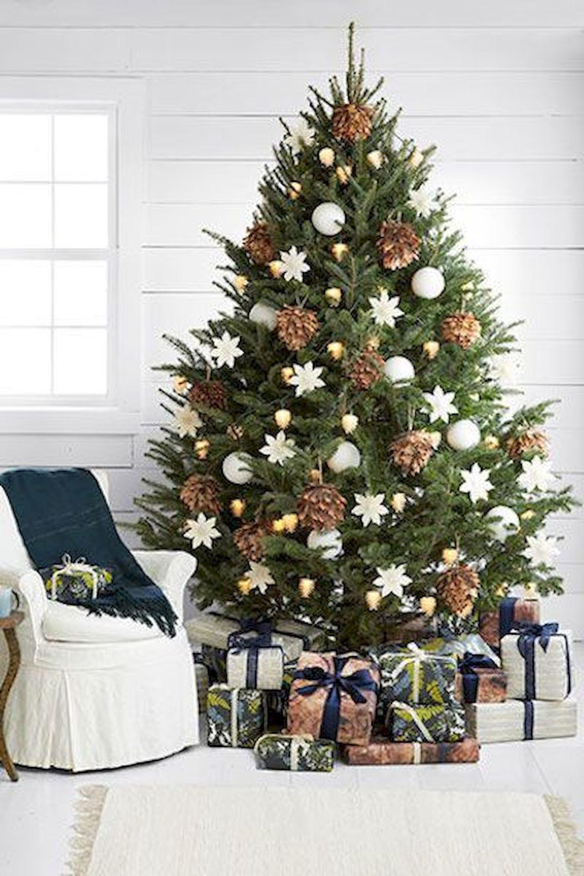 Nice 60 Elegant Christmas Decorations Ideas Httpsroomadnesscom2018