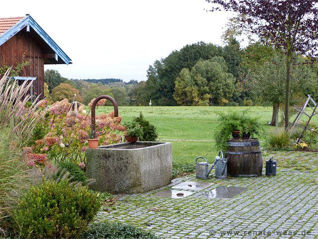 Eingangsbereich gestalten garten  Eingangsbereich für ein Bauernhaus gestalten Der neue Brunnen-Hof ...