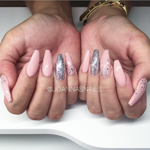 🌸🌸🌸 #nails #naglar #nailoftheday #nailinspo #inspo #acrylicnails ...