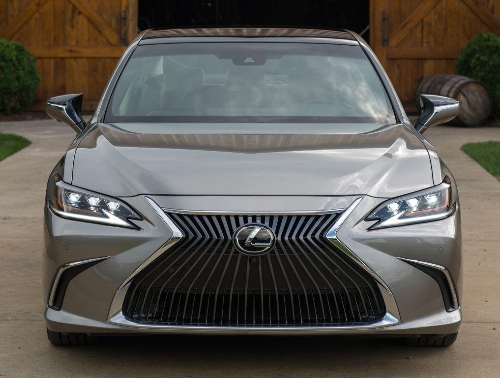 Lexus ES 350 2018 Lexus es, Lexus, Car front