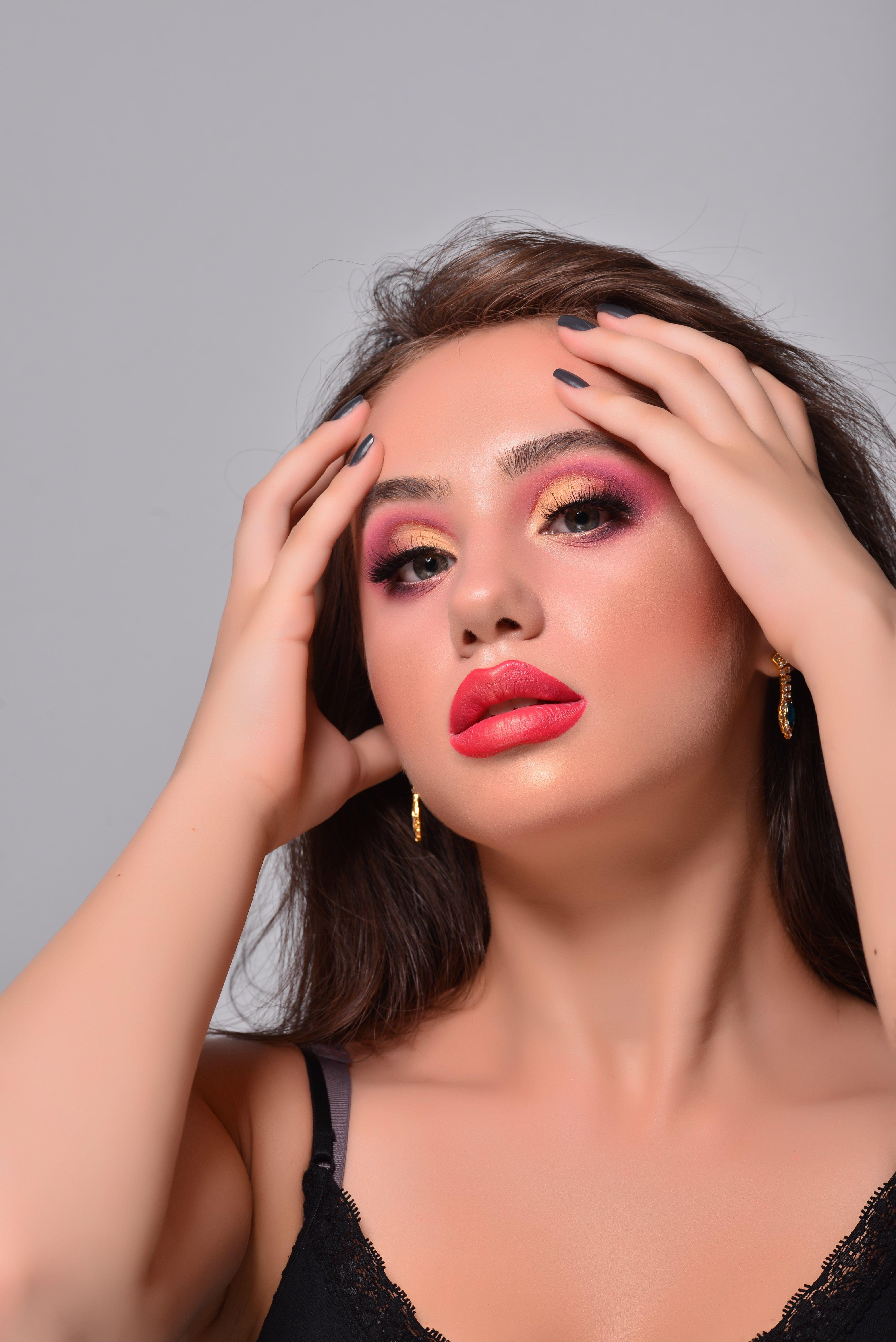 și Tu Poți Deveni Makeup Artist și Poți Realiza Machiaje Superbe