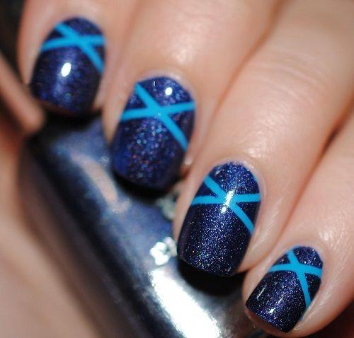 Nail Art - Blue Criss Cross Design
