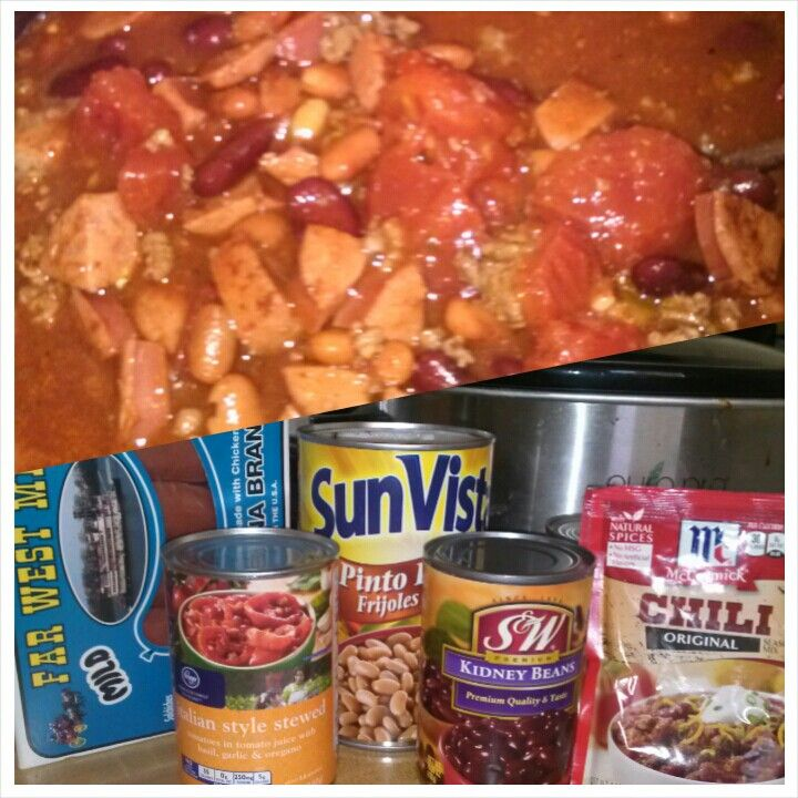 Easiest N Best Crockpot Chili Ever Just Fry 1 Lb Ground Beef N The Hot Links I Use 3 Then Add All Ingredients Together N C Crockpot Chili Crockpot Cooking