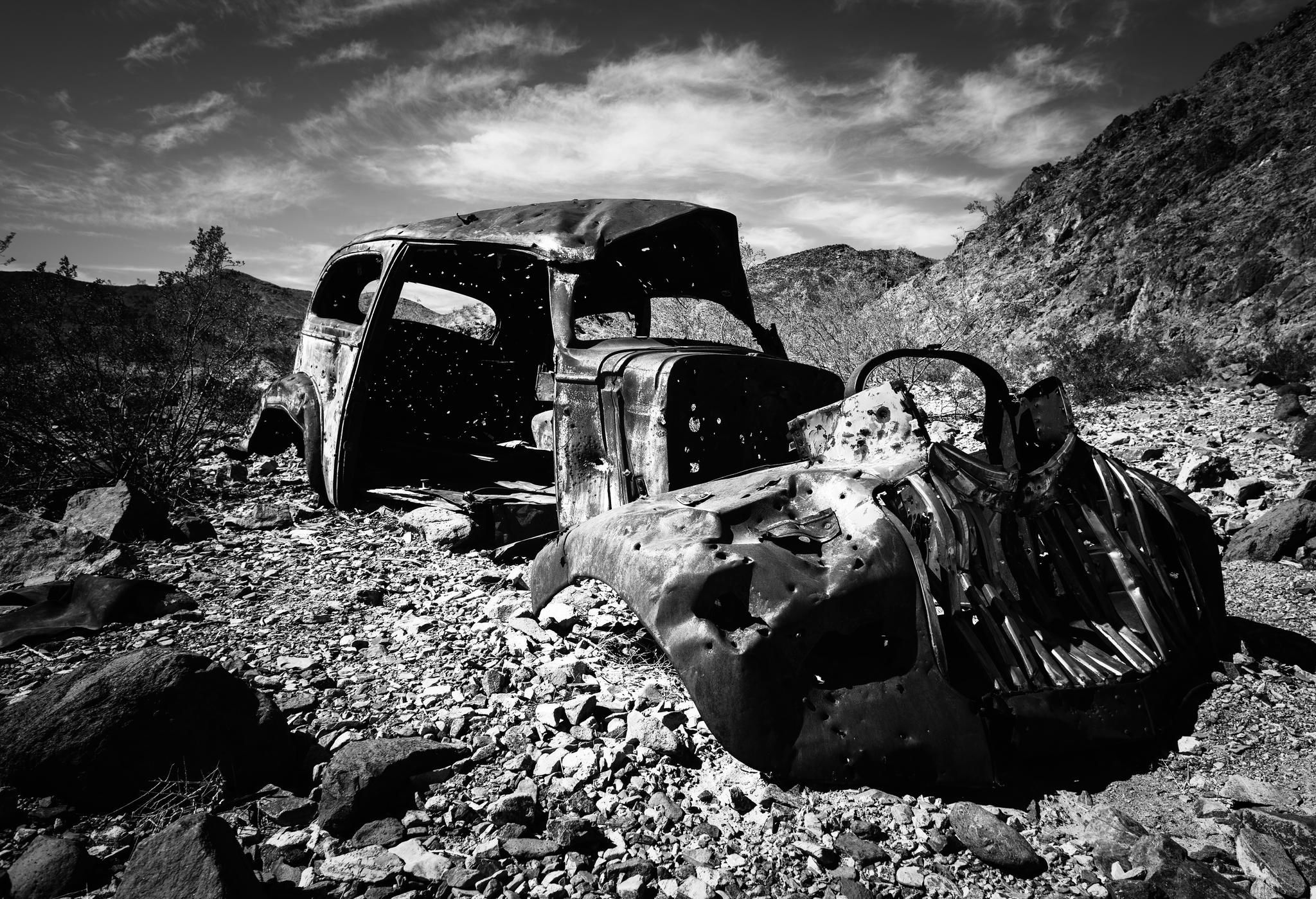 Abandoned vintage rusty car in Death Valley