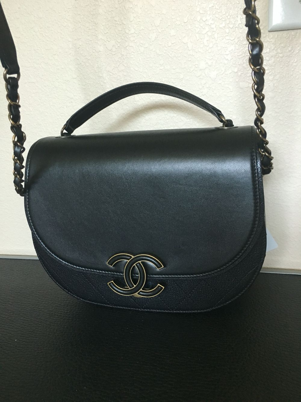 815b76d0c505a4 2016 Fall Winter Collection! Chanel coco curve messenger bag ...