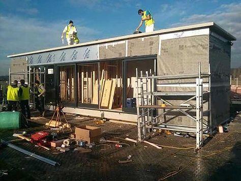 Prototype pour construire une maison container en 3 jours container maison conteneur - Construire sa maison en container ...