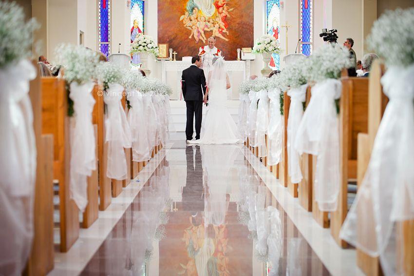 Assyrian Wedding Assumption Of Virgin Mary Catholic Wedding Church Church Wedding Decorations Assyrian Wedding Church Decor
