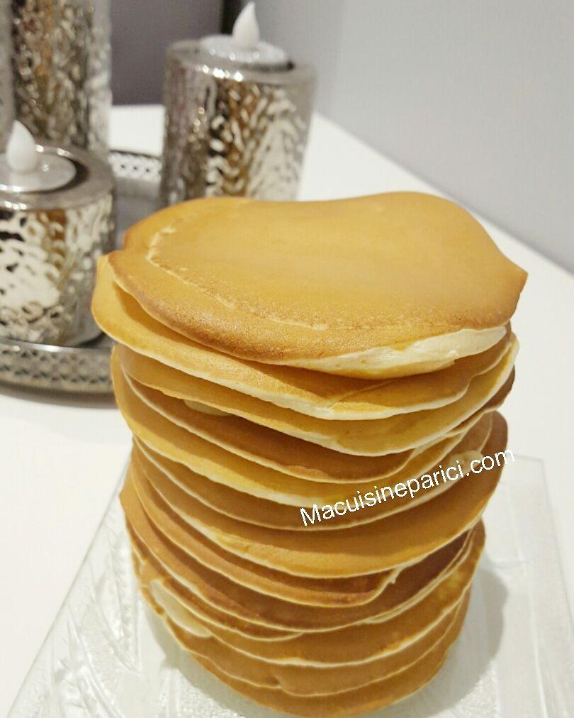 Envie de pancakes mais pas envie ni le temps d'attendre. Cette recette est pour vous. Ingrédients: 250g de farine 75g de sucre 50g de sucre 2 oeufs 40cl de lait 3 cac de levure chimique…