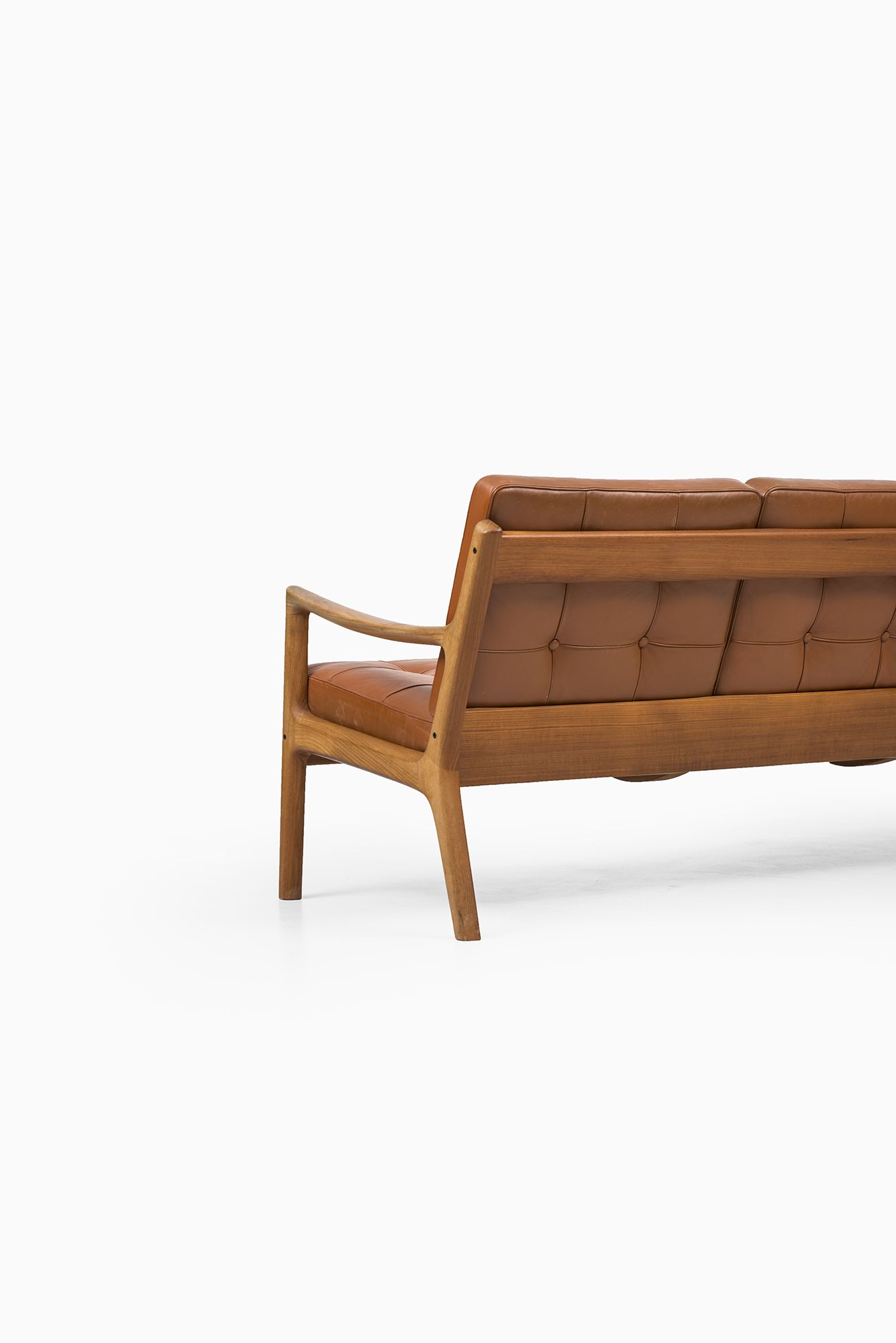 Ole Wanscher Senator sofa by France & Son at Studio Schalling