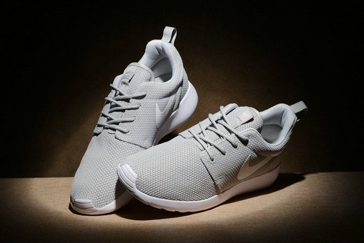 Free Shipping Only 69$ Nike Roshe Run One Mens Shoes 11.5 Wolf Grey White  511881
