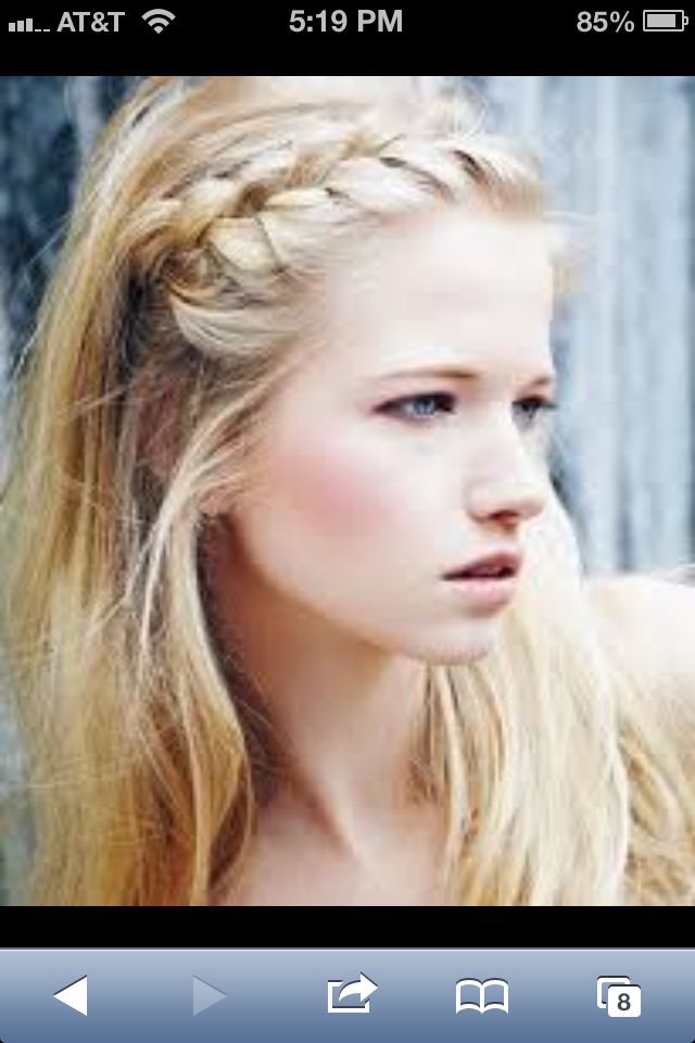 Love braids like this! Wish I cud figure out how to do it lol