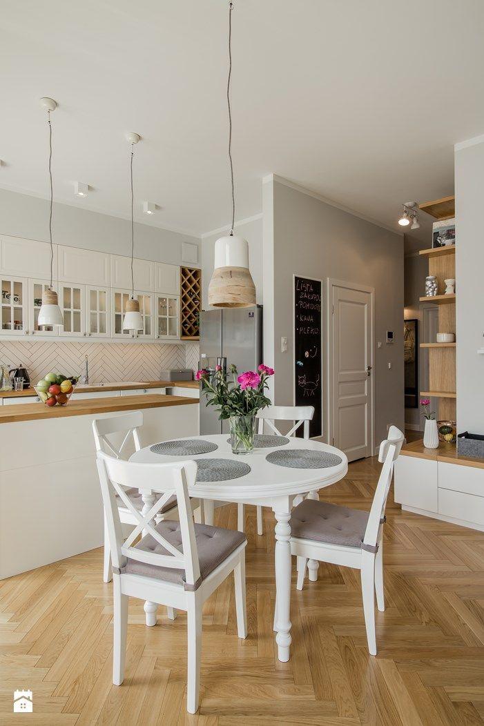 Minimalist Jadalnia styl Skandynawski zdjęcie od EG projekt Jadalnia Styl… Elegant - Amazing kitchen tables for small spaces Unique
