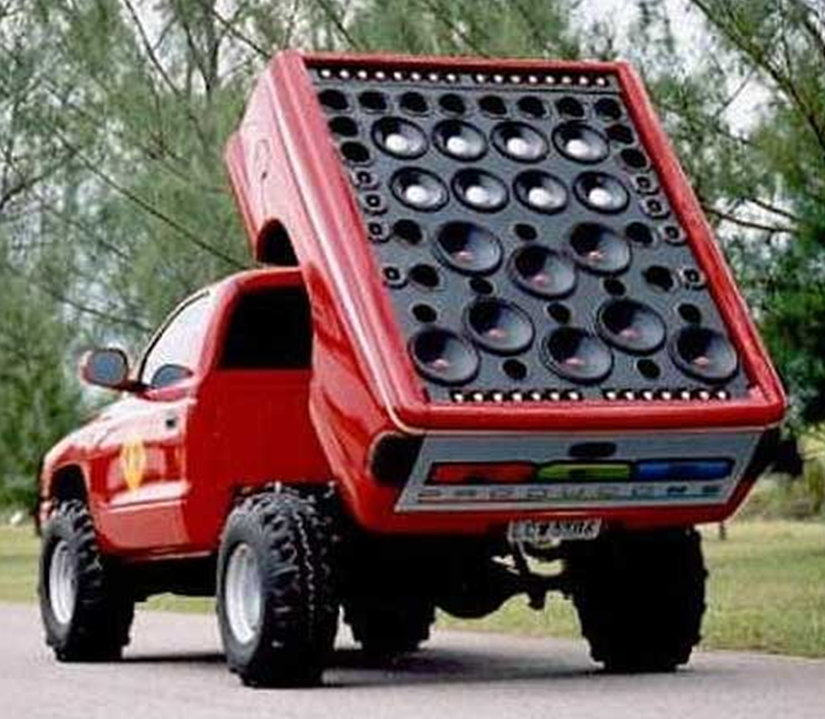 Truck Sound System >> Check Out This Sound System Funny Stuff Trucks Cool Trucks