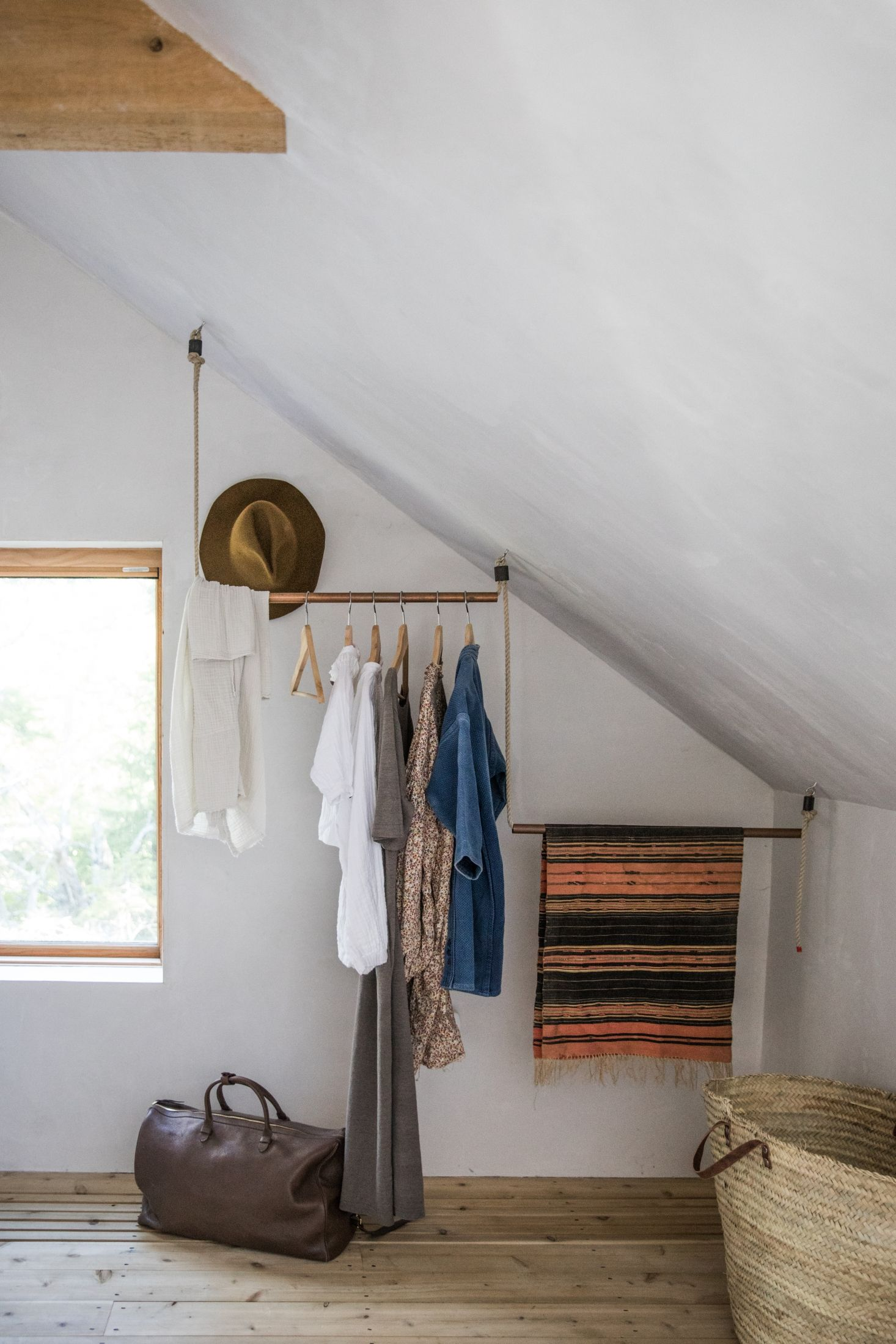 The Soot House: Conjuring the Ghosts of Old New England on Spruce Head in Maine #diyclothes