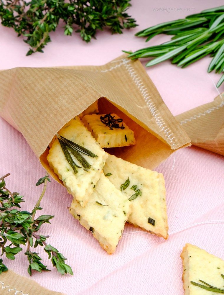 Geschenke aus der Küche: Parmesan Kräuter Cracker | Geschenke aus ...