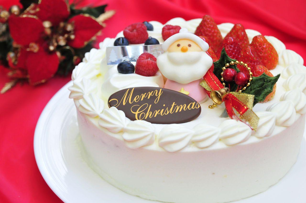 Kurisumasu Keiki AKA Christmas Cake (Japan) | Kue, Memanggang kue