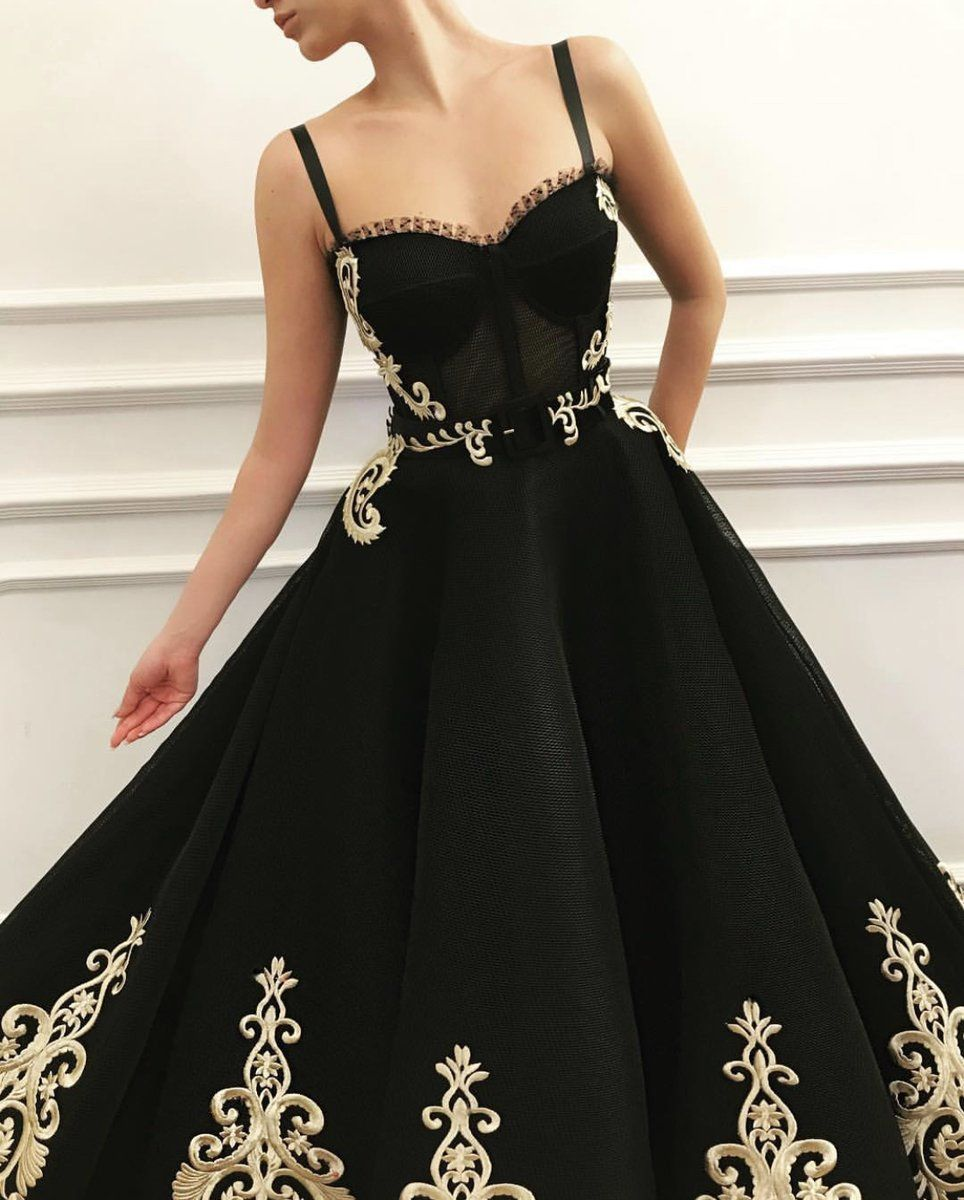 Moccasin Queen Gown Black Tulle Prom Dress Detailed Black Dress Tulle Prom Dress [ 1200 x 964 Pixel ]
