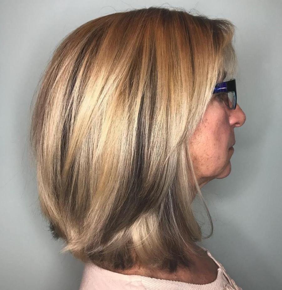 10 stilvolle mittlere Frisuren für Frauen über 10 - 10 stilvolle