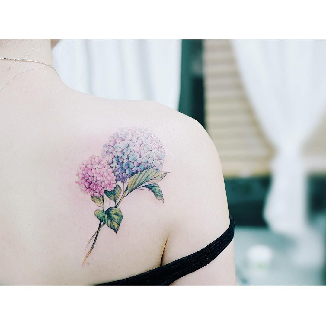 Floral tattoo hydrangas u pinteresu