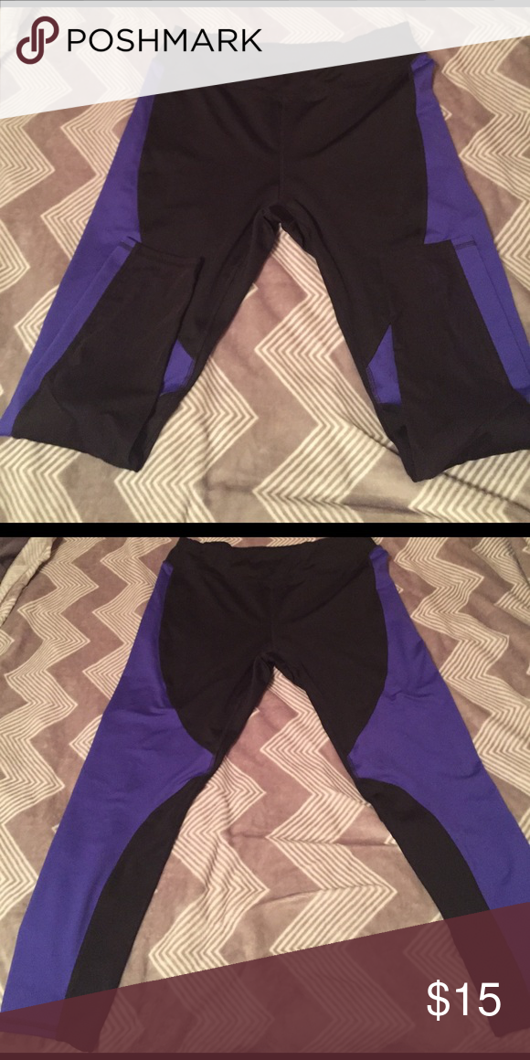 🤸🏻‍♀️⛹🏻‍♀️NWOT Metaphor Workout Leggings Metaphor Workout Leggings, never used. NWOT they are black and purple/blueish. Metaphor Pants Leggings