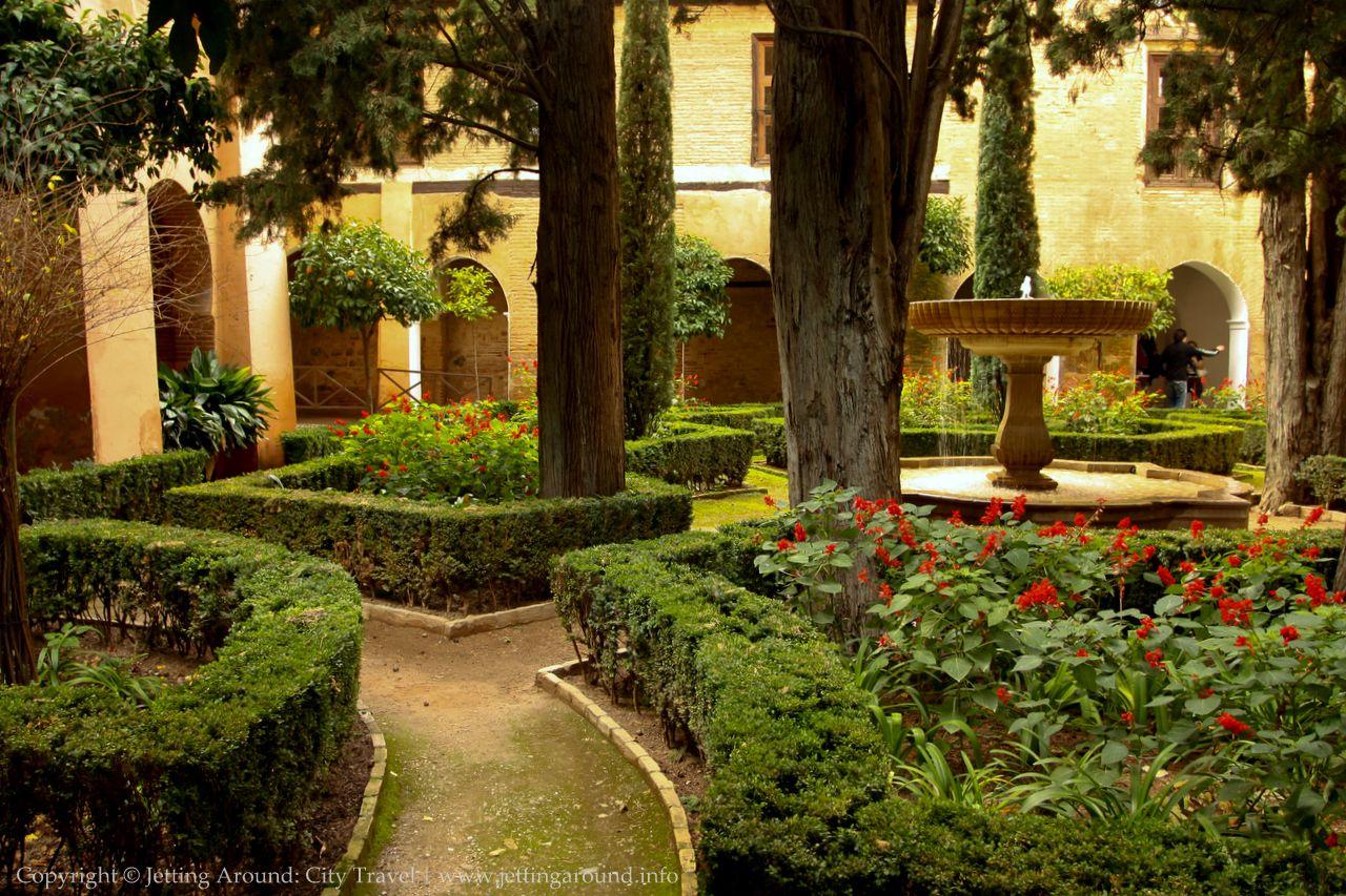 alhambra granada | GARDEN | Pinterest | Granada, Granada spain and Spain