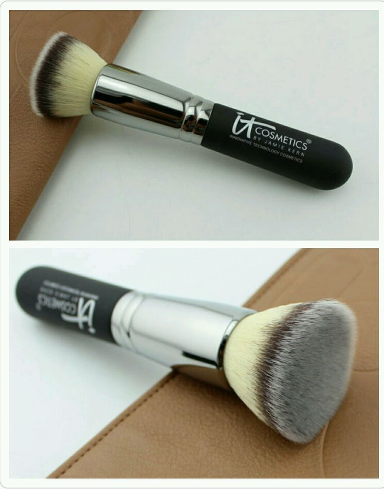 Heavenly Luxe Complexion Perfection Brush #7 by IT Cosmetics #14