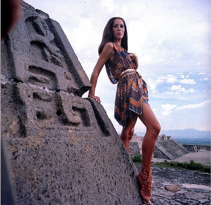 Marina Schiano, photo by Henry Clarke, Vogue 1968
