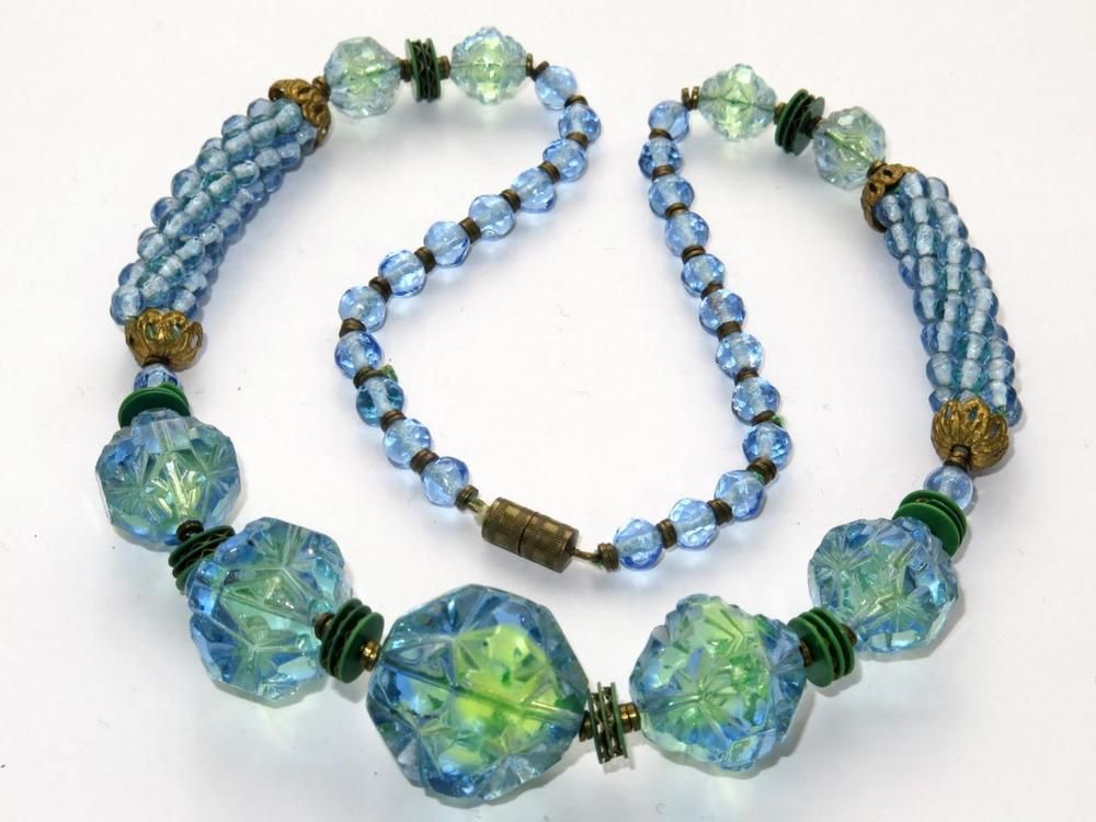 Unusual Vintage Czech Neiger Uranium Glass Bead Necklace Art Deco Unbranded Beaded Necklace Czech Glass Jewelry Glass Bead Necklace
