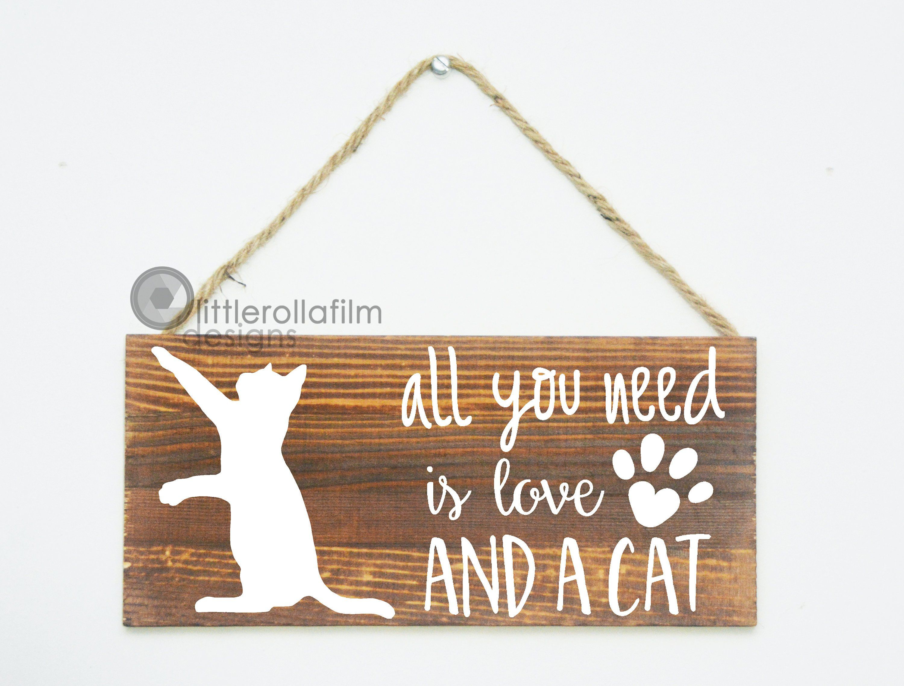 The More People I Meet The More I Love My Cat Funny Wooden Heart Hanging Plaque