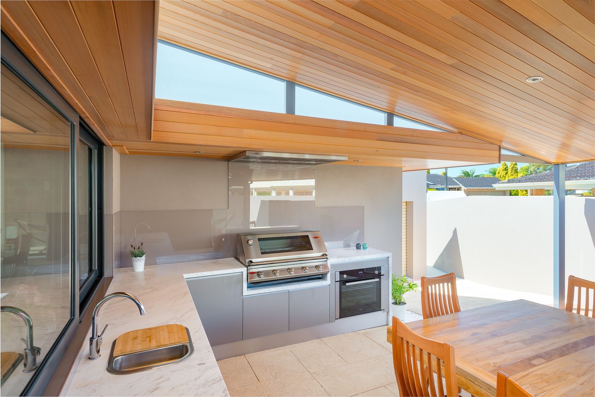 Perthus leading outdoor kitchen installers with showrooms in osborne